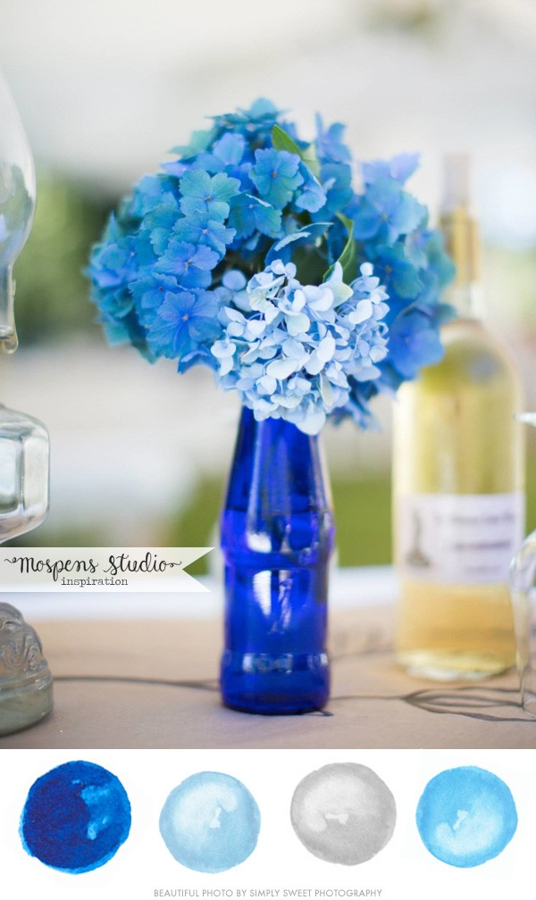 Gorgeous! Brilliant blue wedding color palette | www.mospensstudio.com