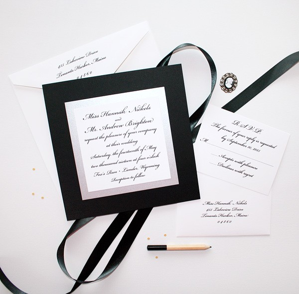Black and white simple wedding invitations | www.mospensstudio.com