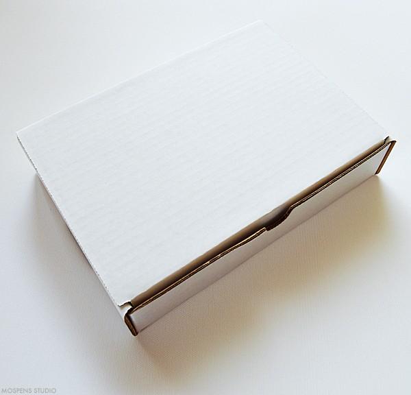 Mailing box for boxed wedding invitations | www.mospensstudio.com