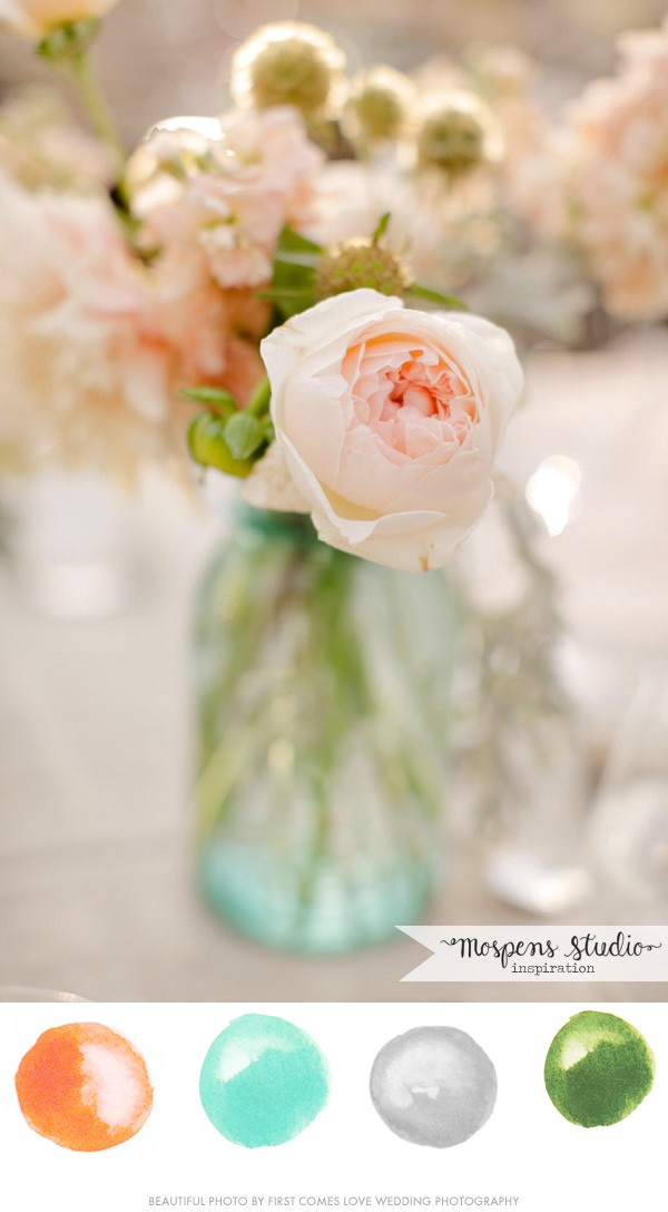 Beautiful peach coral and mint green color palette | www.mospensstudio.com